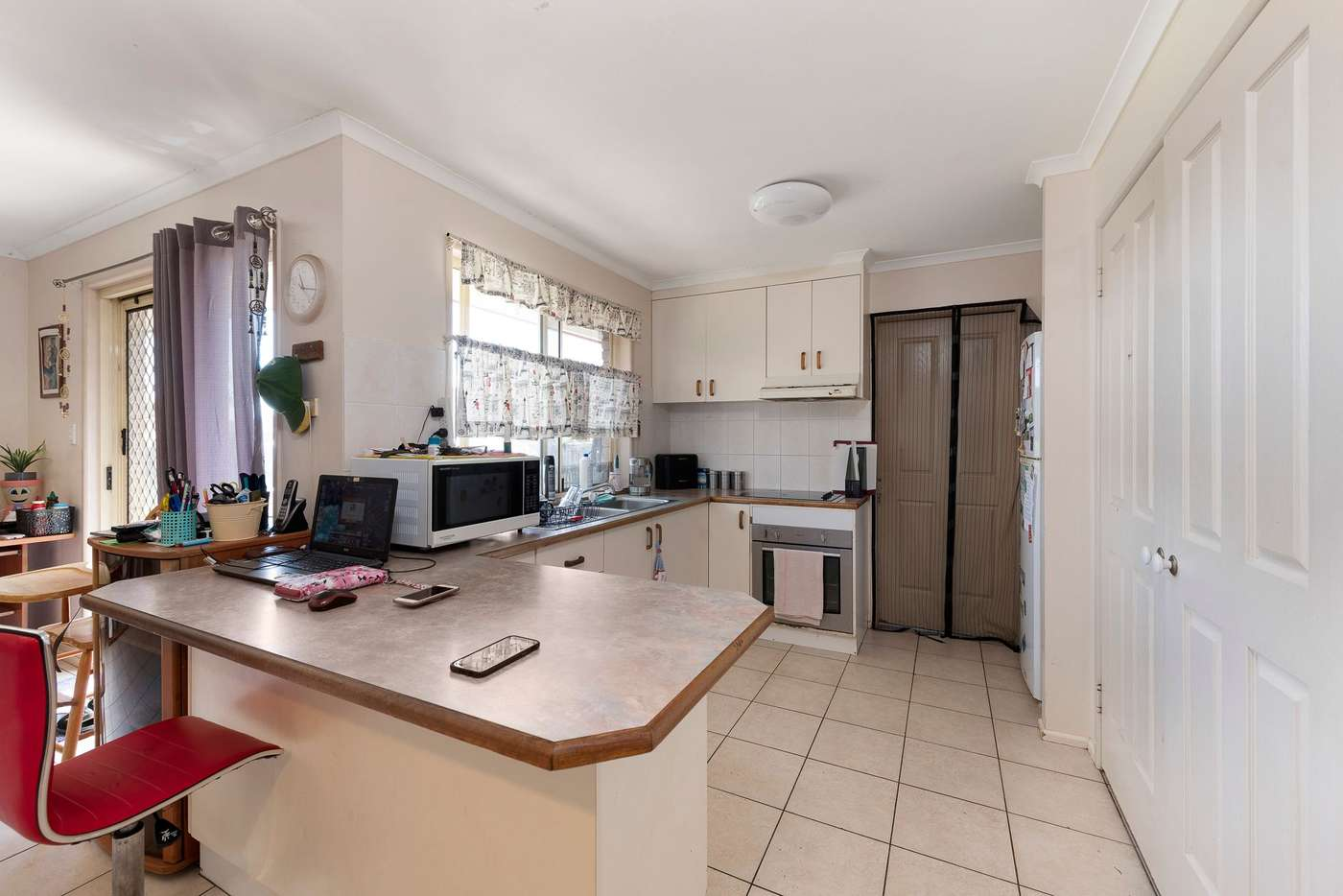Sixth view of Homely house listing, 8 Metcalfe Court, Kalkie QLD 4670