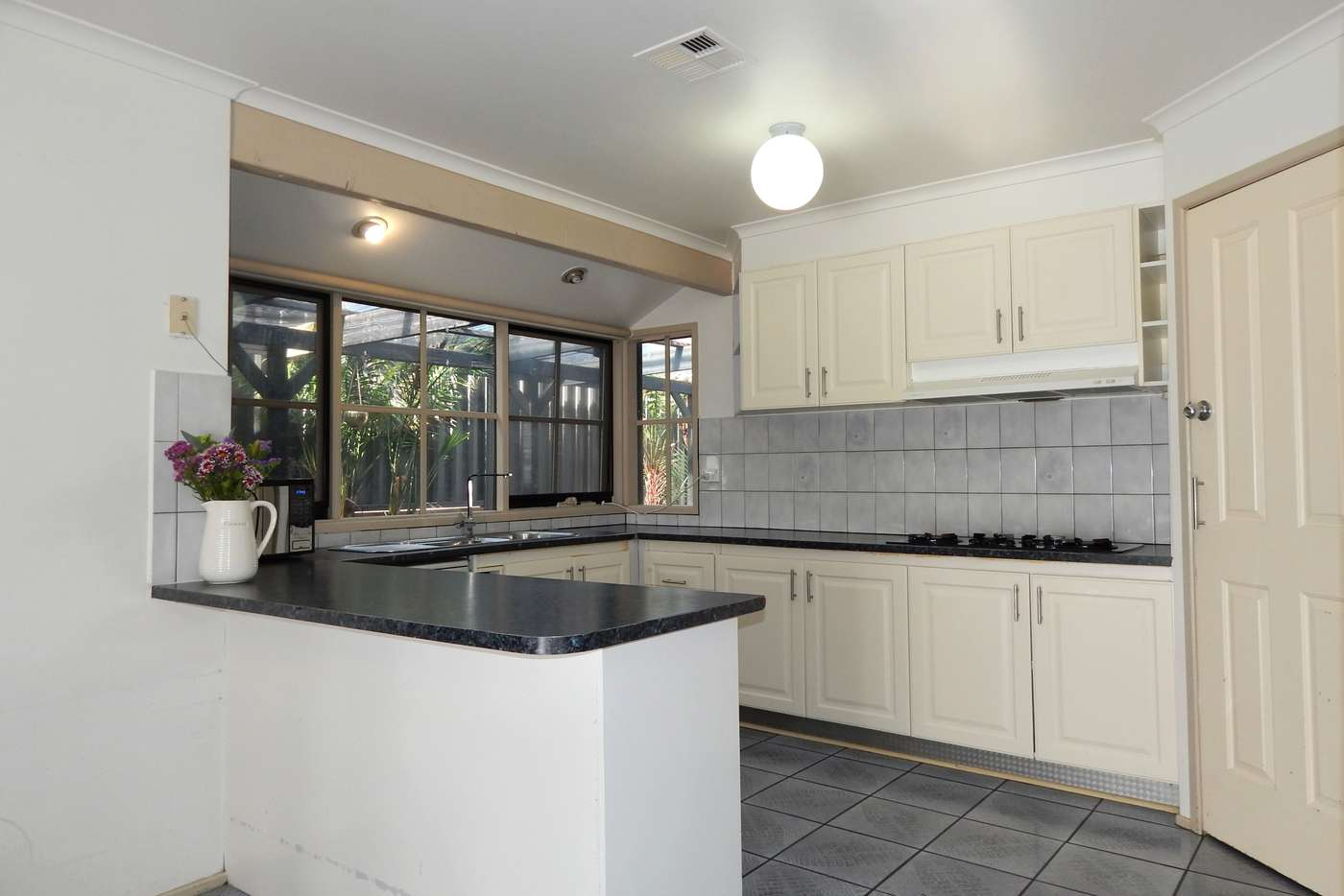 Sixth view of Homely house listing, 4 Weemala Court, Meadow Heights VIC 3048