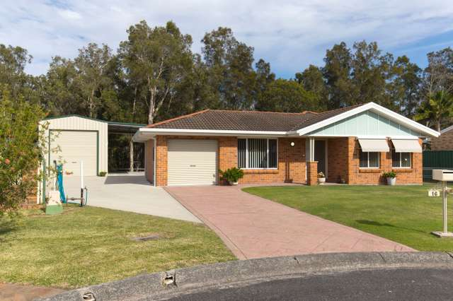 16 Higgins Close, Tea Gardens NSW 2324