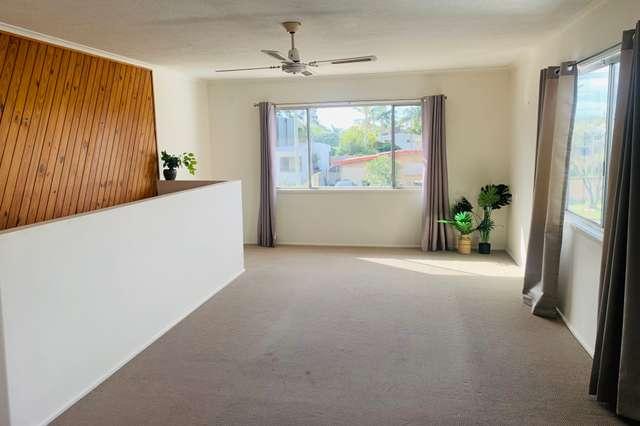 32 Kallay Street, Miami QLD 4220