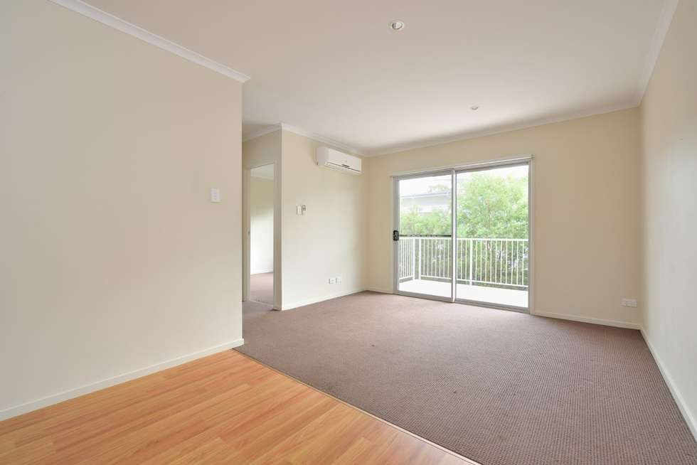 Second view of Homely unit listing, 33/1 Collins Lane, Kin Kora QLD 4680