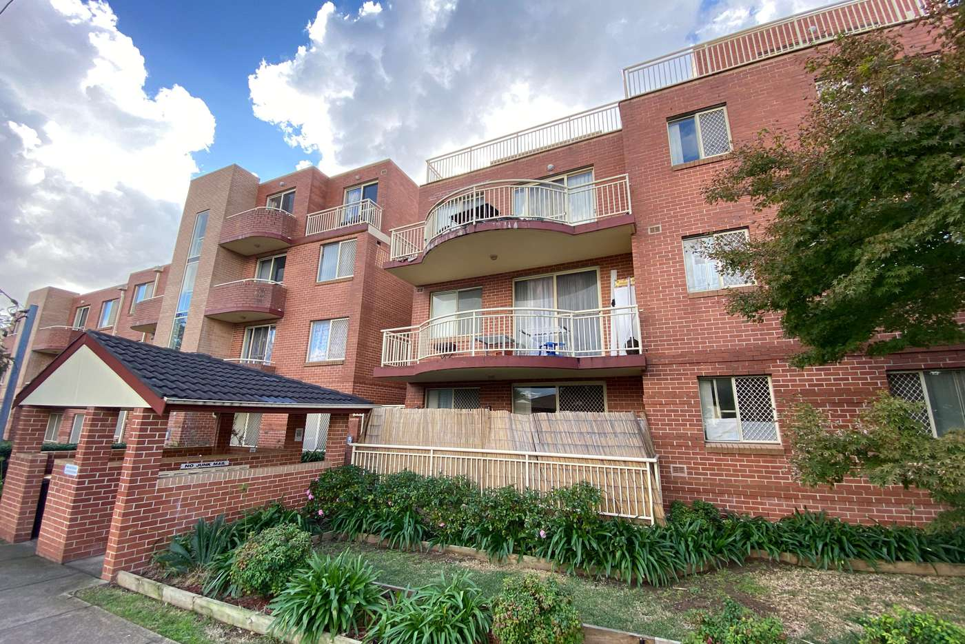 Main view of Homely unit listing, 15/2-8 Short Road, Riverwood NSW 2210