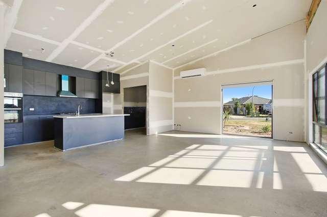 10 Kotzur Circle, Walla Walla NSW 2659