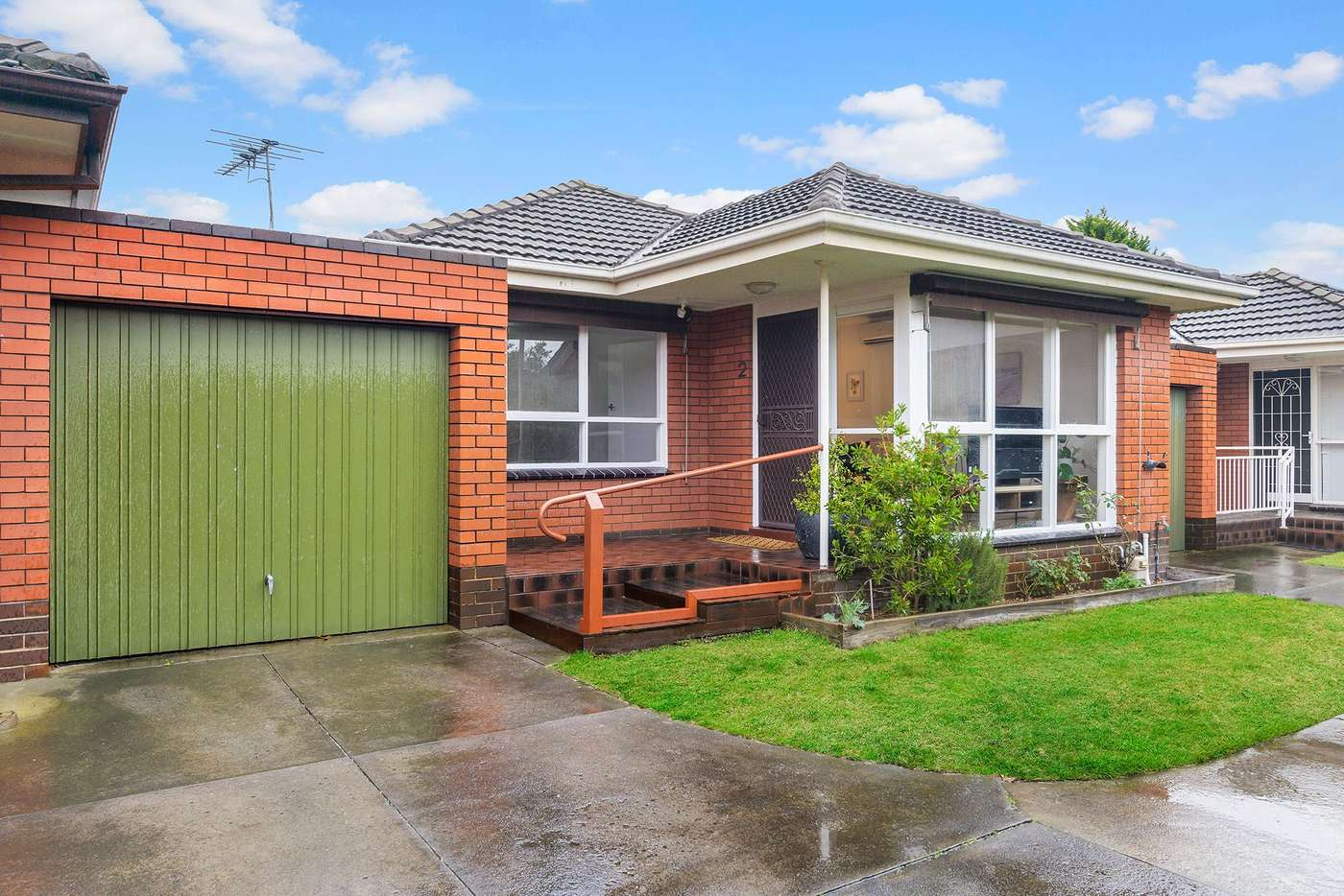 Main view of Homely unit listing, 2/16 Park Avenue, Glen Huntly VIC 3163