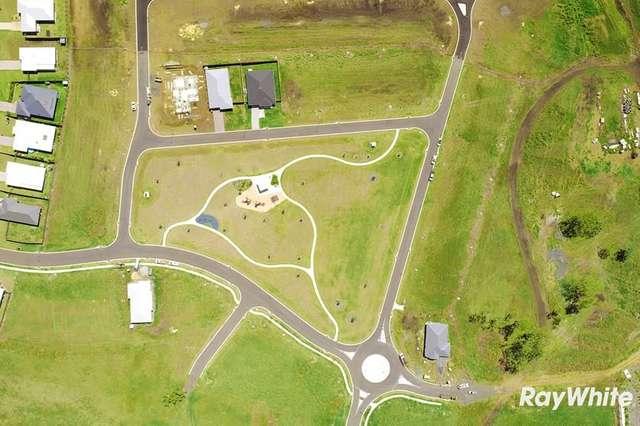 7 Vanessa Crescent, Cotswold Hills QLD 4350