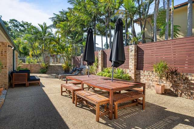 17 Cook Close, Southport QLD 4215