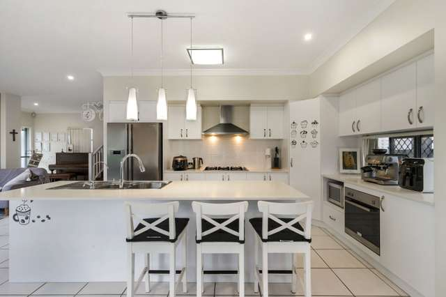 224 Oxley Road, Graceville QLD 4075