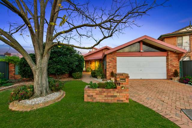 13 Constellation Court, Taylors Lakes VIC 3038