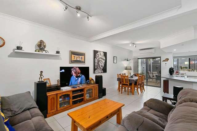 4/115 Torquay Road, Scarness QLD 4655