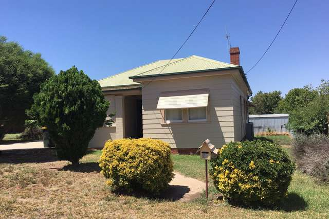 31 Courallie Street, Cowra NSW 2794