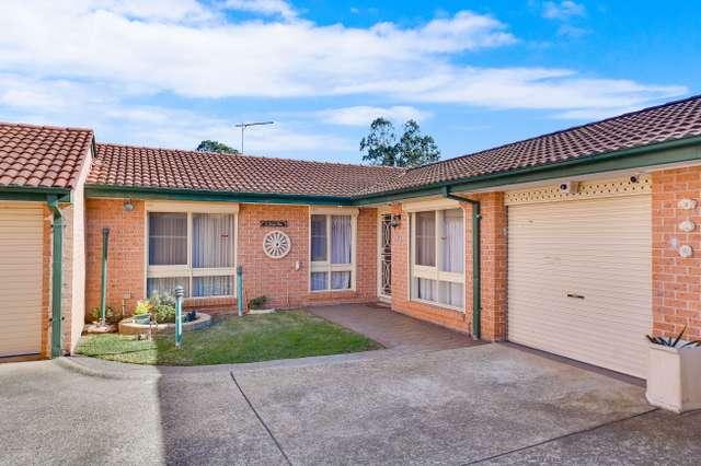 12/7 Hanlon Close, Minto NSW 2566