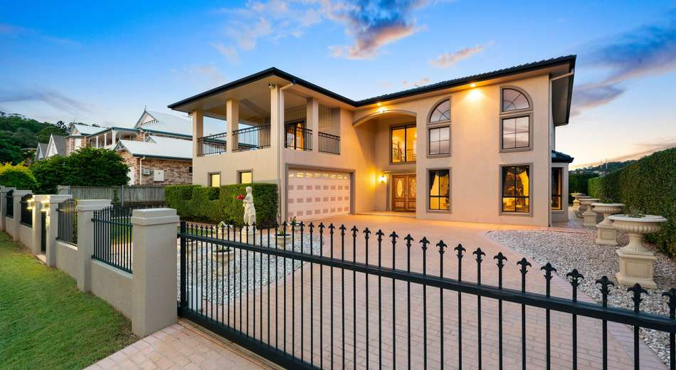 57 Sunset Place, Carindale QLD 4152