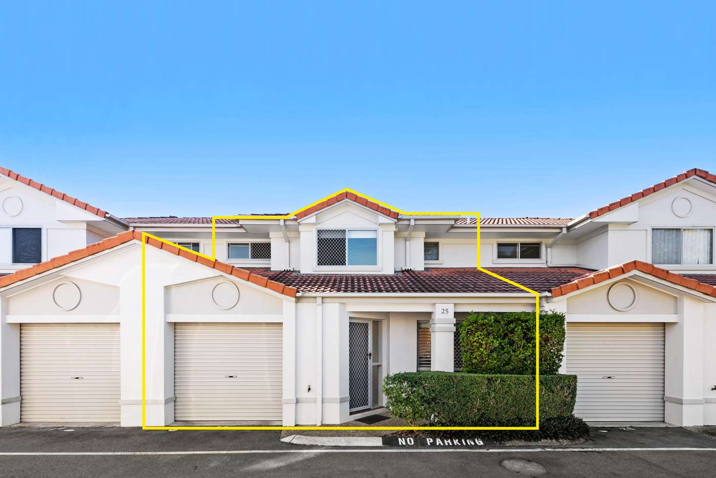 Main view of Homely townhouse listing, 25/11 Glin Avenue, Newmarket QLD 4051