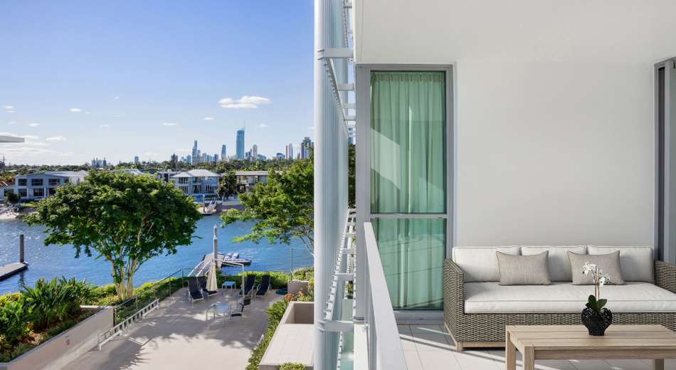 1208/33 T E Peters Drive 'Freshwater Point'