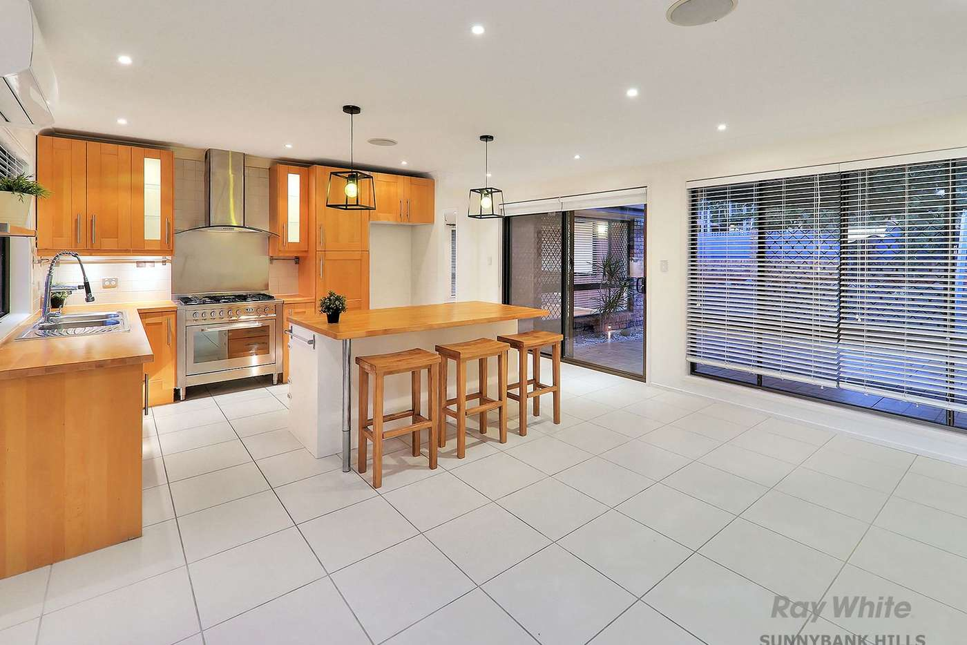 Fifth view of Homely house listing, 2 Woorabinda Street, Runcorn QLD 4113