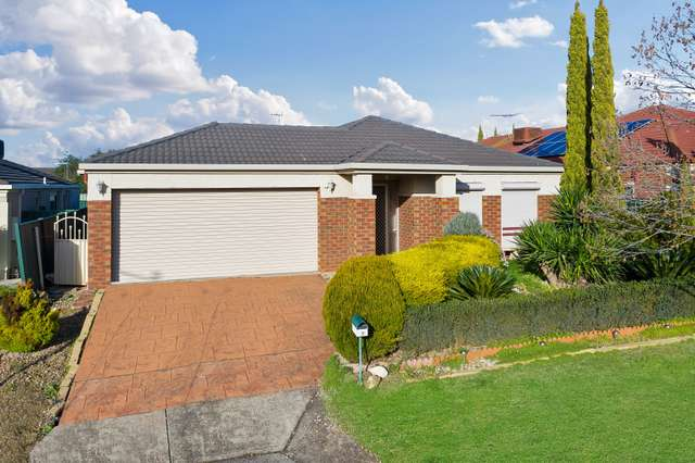 5 Flemming Avenue, Burnside VIC 3023