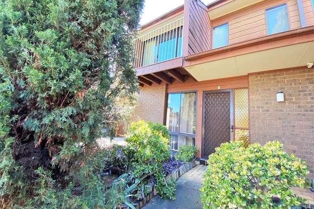 4/8 Margaret Street, Minto NSW 2566