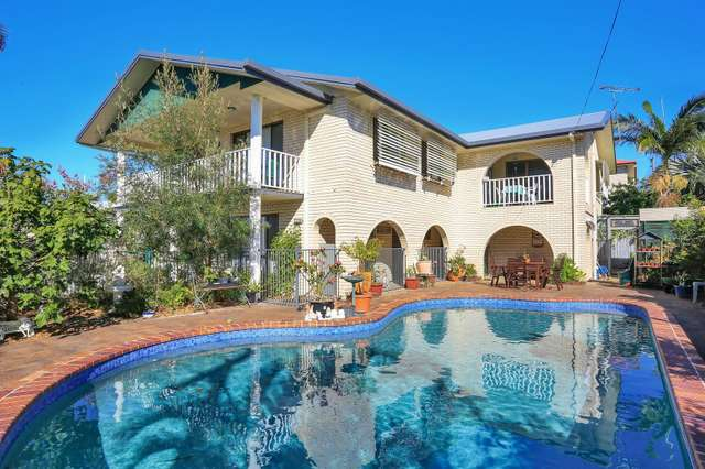 365 Boat Harbour Drive, Scarness QLD 4655