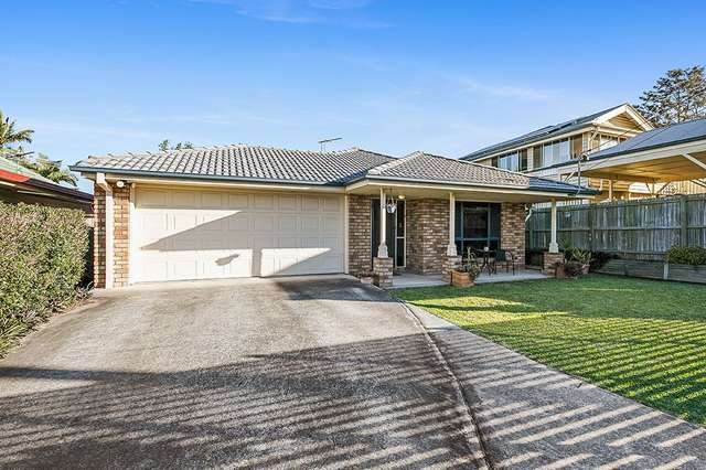 271 Cliveden Avenue, Oxley QLD 4075