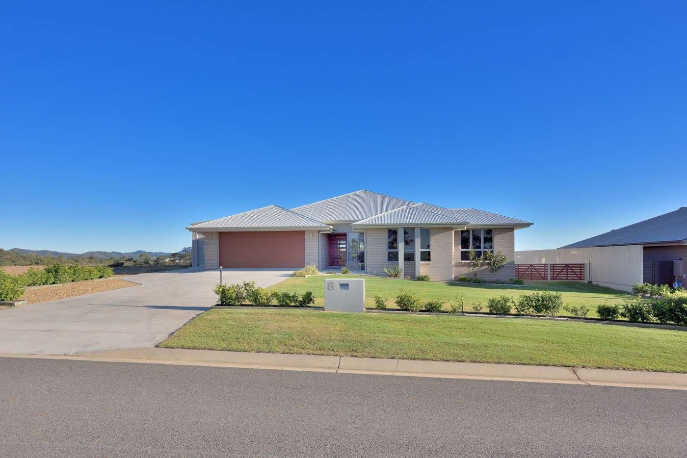 Main view of Homely house listing, 8 Eucalyptus Place, Kirkwood QLD 4680
