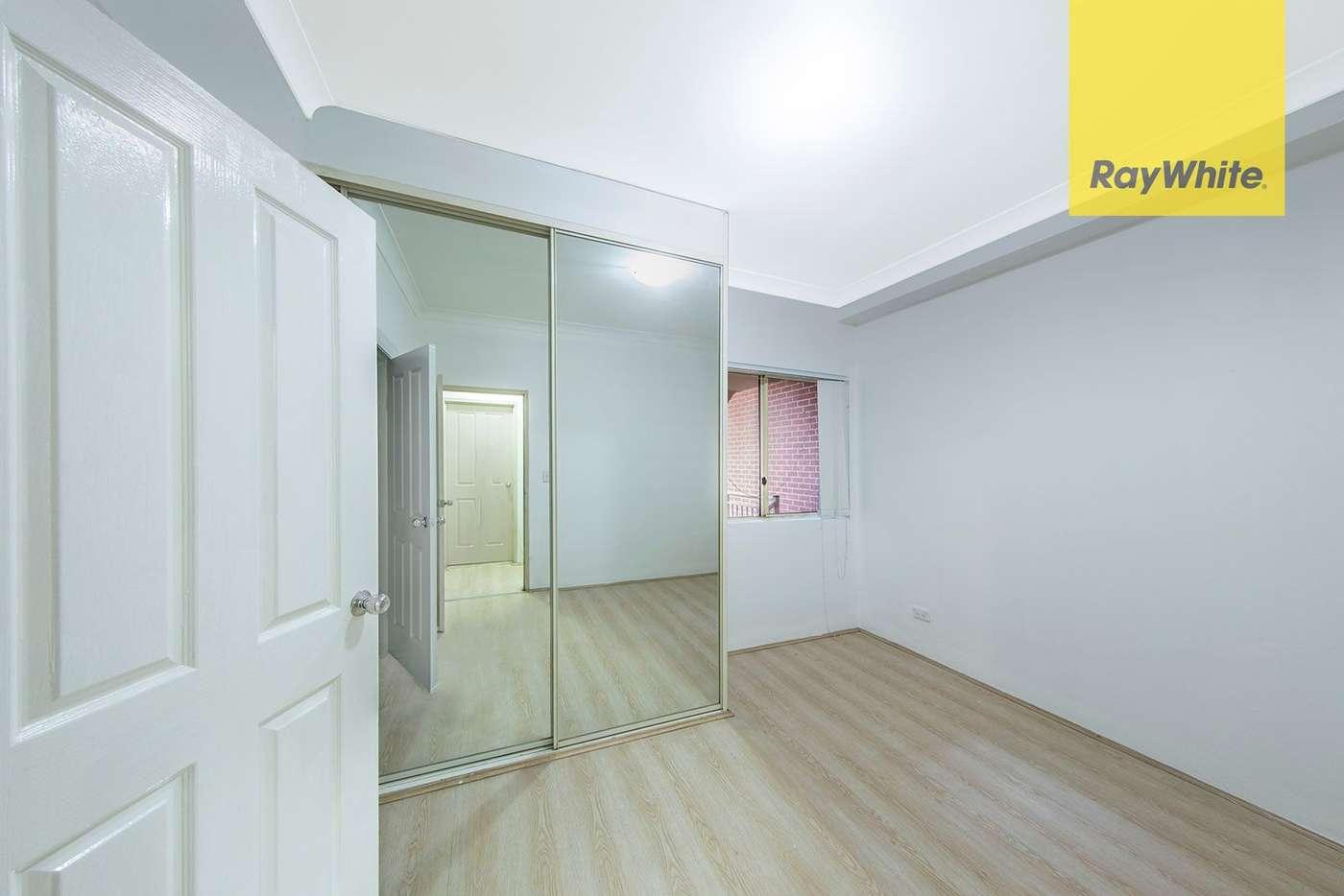 Sixth view of Homely unit listing, D25/88-98 Marsden Street, Parramatta NSW 2150