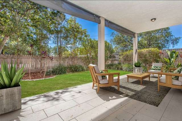 2/71 Charlie Street, Zillmere QLD 4034