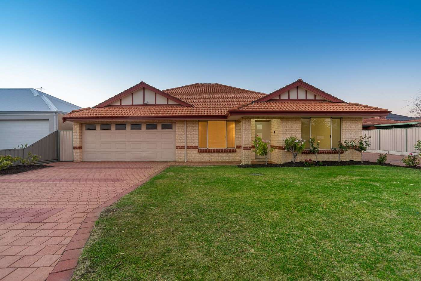 Main view of Homely house listing, 1/122 Thomas Street, Queens Park WA 6107