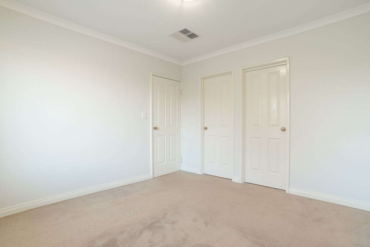 Fifth view of Homely house listing, 1/122 Thomas Street, Queens Park WA 6107