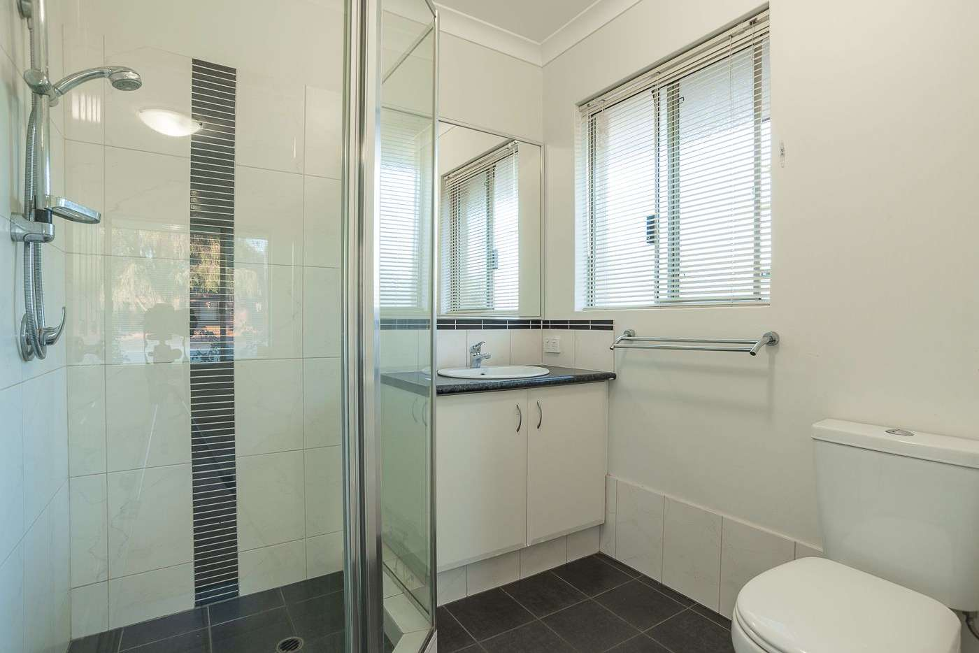 Sixth view of Homely house listing, 1/122 Thomas Street, Queens Park WA 6107