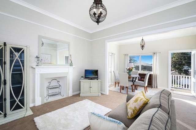 11 Nioka Avenue, Point Clare NSW 2250