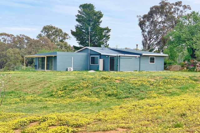 140 Commons Road, Young NSW 2594