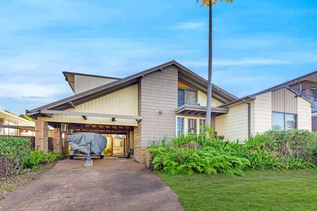 51 Thomas Street, Picnic Point NSW 2213