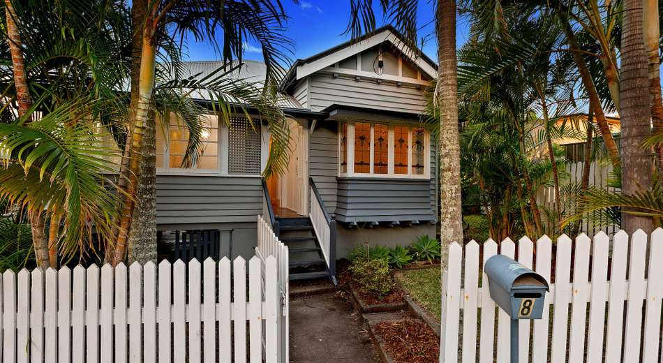 8 Galway Street, Greenslopes QLD 4120