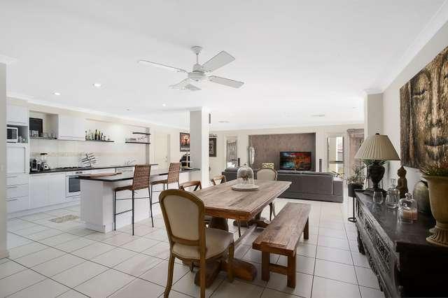 17 Amalfi Drive, Lavington NSW 2641