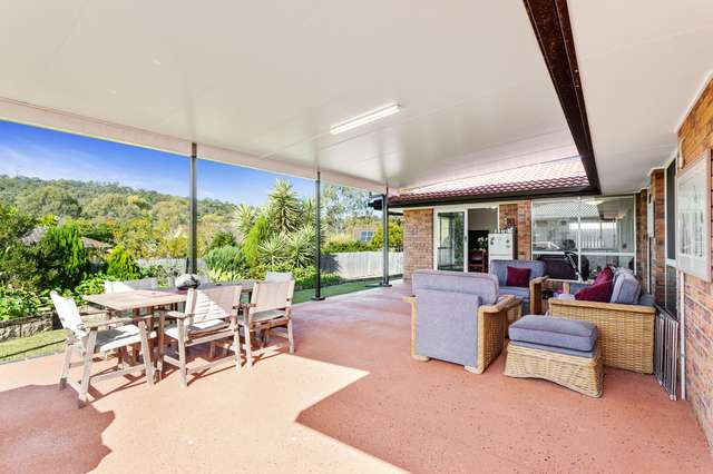 5 County Close, Parkwood QLD 4214