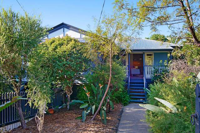 22 Currong Street, Kenmore QLD 4069