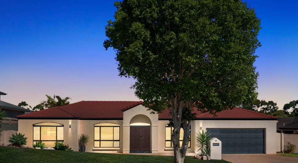 11 Woodland Street, Carindale QLD 4152