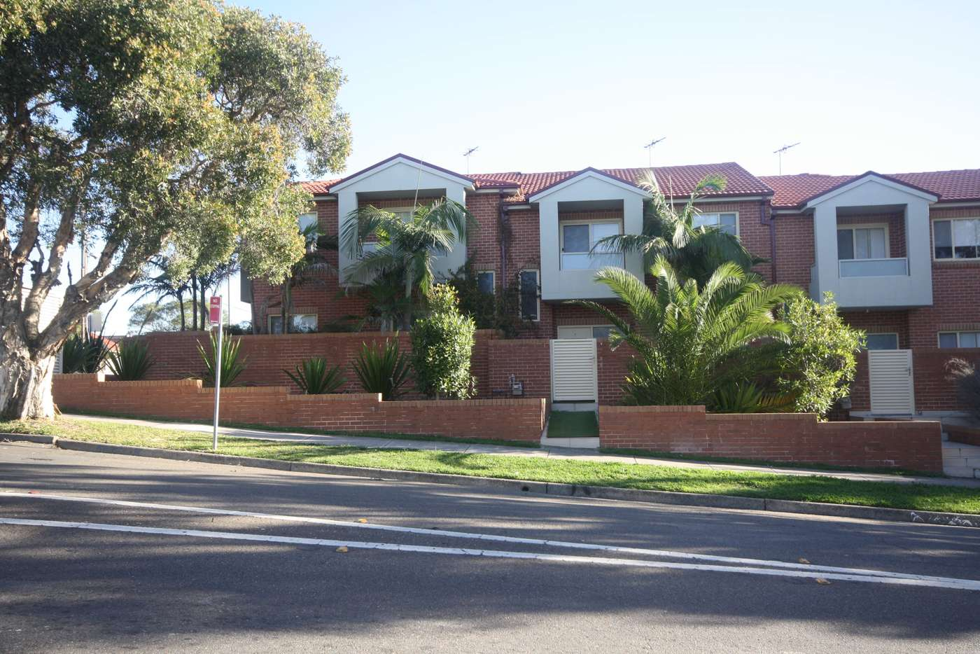 Main view of Homely townhouse listing, 1/121-123 Evaline Street, Campsie NSW 2194