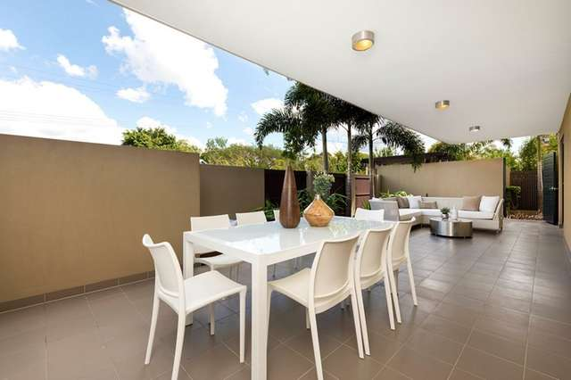 U2/57 Erneton Street, Newmarket QLD 4051