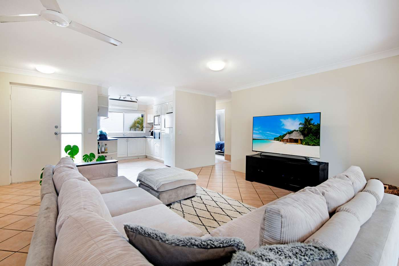 Fifth view of Homely unit listing, 3/80 Albatross Avenue, Mermaid Beach QLD 4218