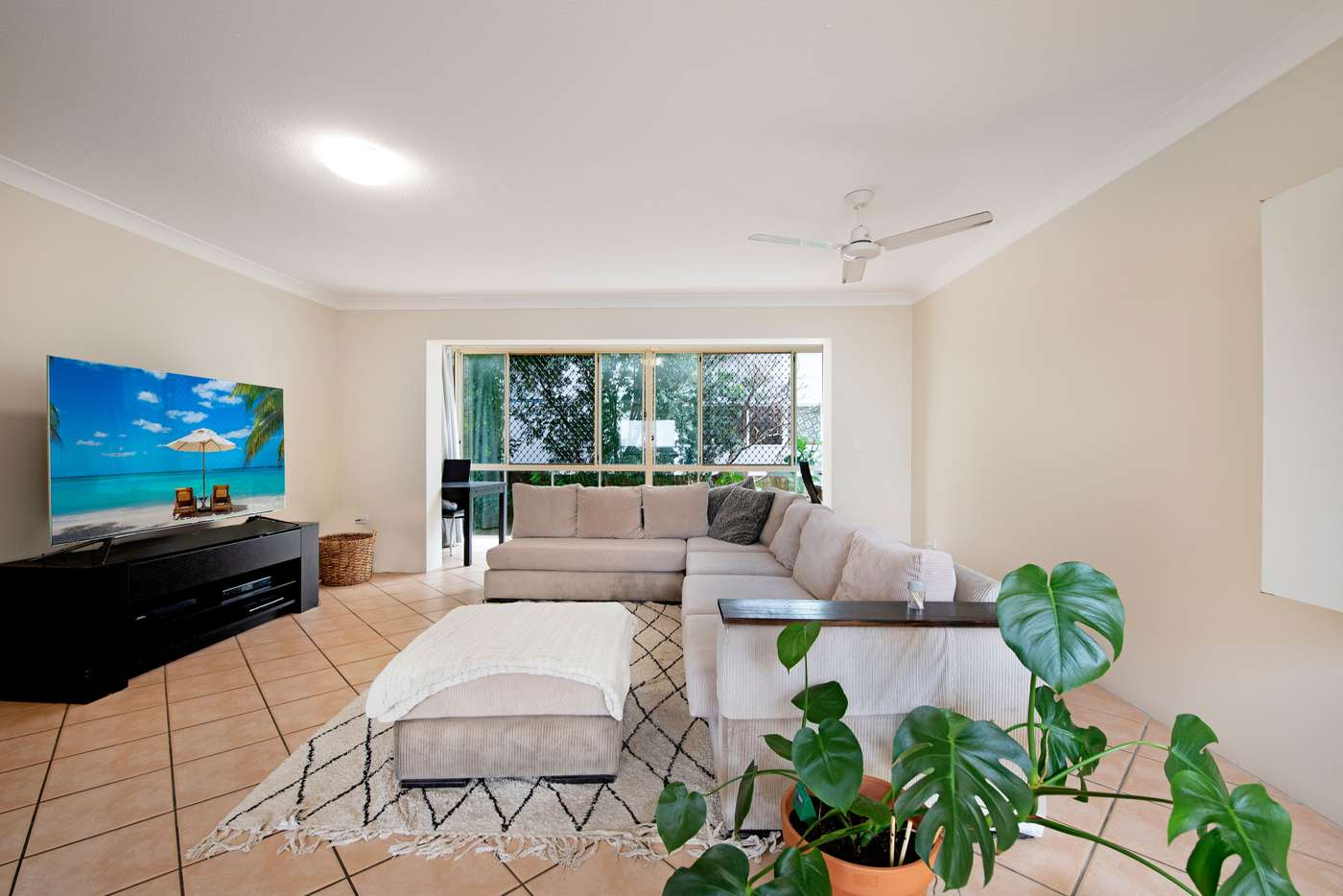 Sixth view of Homely unit listing, 3/80 Albatross Avenue, Mermaid Beach QLD 4218
