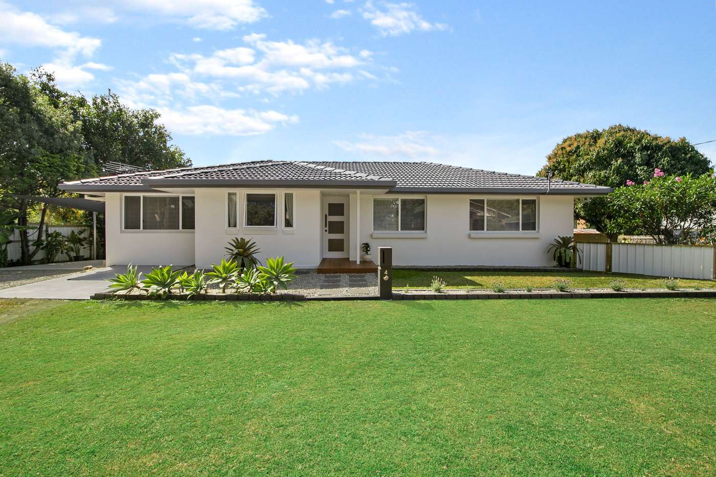 Main view of Homely house listing, 4 Fenchurch Street, Birkdale QLD 4159