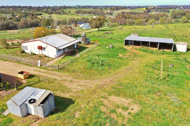 149 Commons Road, Young NSW 2594
