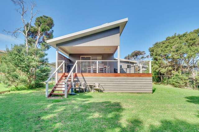 32 Dolphin Drive, Smiths Beach VIC 3922