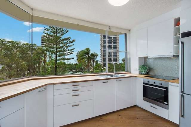 11/3 Old Burleigh Road, Surfers Paradise QLD 4217