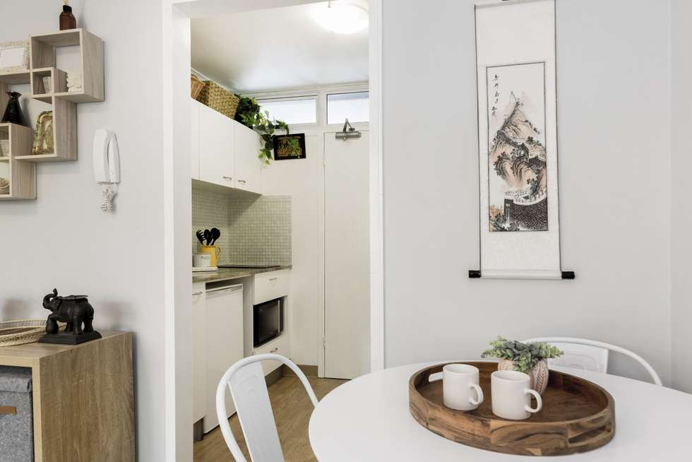 Second view of Homely studio listing, 39/1 McDonald Street, Potts Point NSW 2011