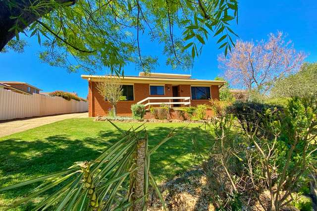 21 Keevil Drive, Young NSW 2594