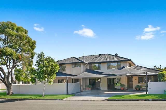 51 Collins Crescent, Benowa QLD 4217