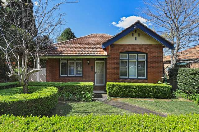 11 Ferncourt Avenue, Roseville NSW 2069