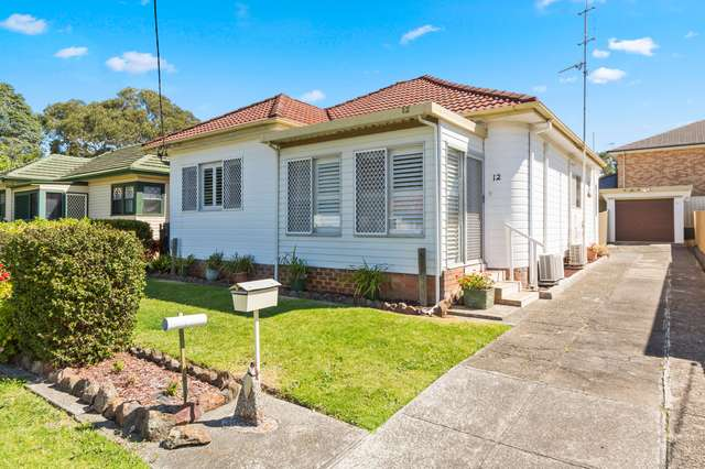 12 Gilbert Street, Corrimal NSW 2518
